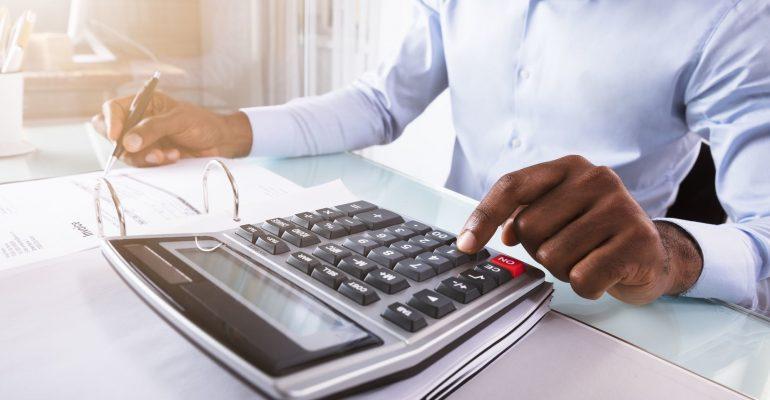 <thrive_headline click tho-post-24473 tho-test-283>Como usar a gestão financeira para oficinas para alcançar o sucesso?</thrive_headline>